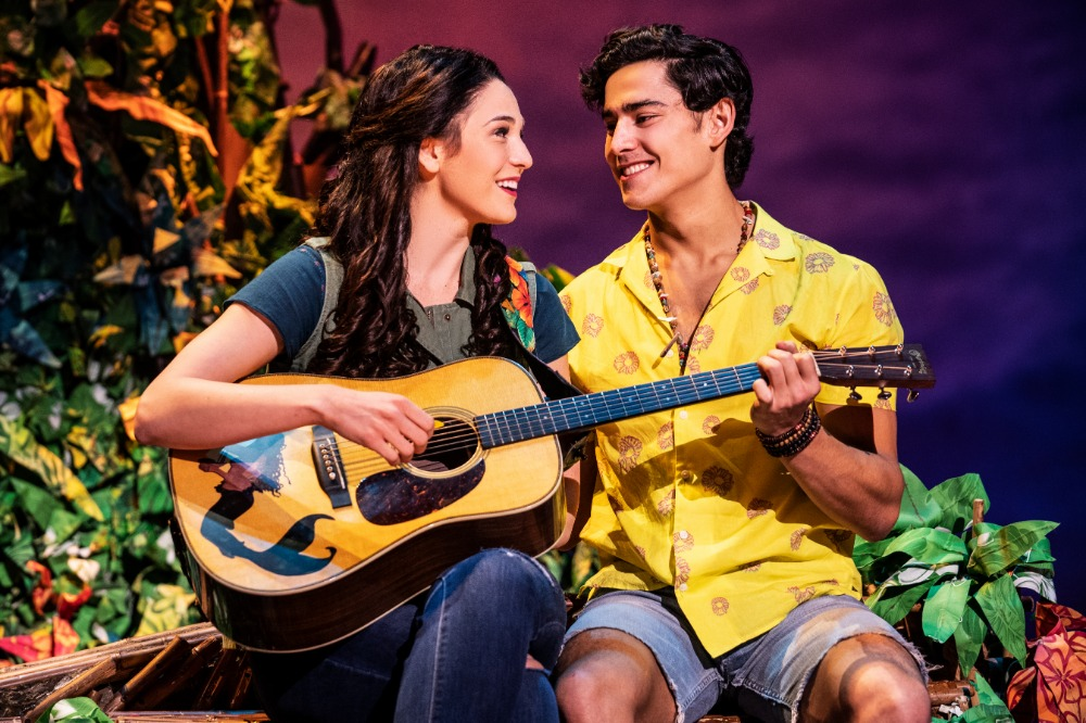 Sarah Hinrichsen as Rachel and Chris Clark as Tully in Jimmy Buffett's ESCAPE TO MARGARITAVILLE. © Matthew Murphy